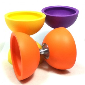 Juggle Dream | The 'Little Top' Diabolo & FREE Wooden Basic sticks if you buy 25